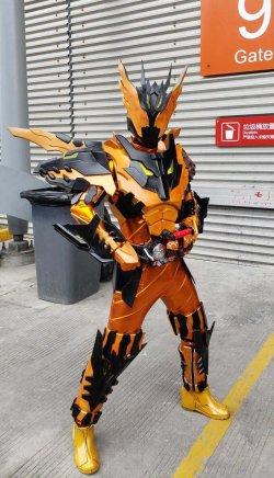 画像2:  仮面ライダークローズマグマCross-Z Magma  風 コスプレ衣装