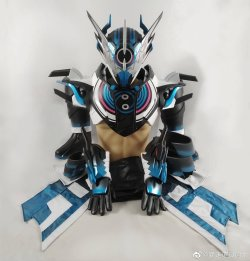 画像3:  仮面ライダー クローズエボル Cross-ZEvol風 コスプレ衣装